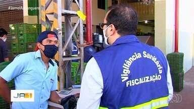 Vigilância Sanitária fiscaliza medidas de prevenção no Ceasa, em Goiânia - Central de Abastecimento de Goiás tem sete mil funcionários.