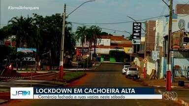 Comércio e ruas vazias marcam primeiro fim de semana de lockdown em Cachoeira Alta - Em Rio Verde, decreto prevê que comércio volte a fechar na segunda-feira.