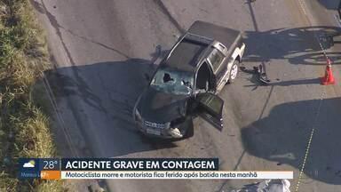 Motociclista morre e motorista fica ferido em batida na LMG--808, em Contagem - O trânsito chegou a ficar congestionado no local, durante a manhã.