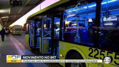 Passageiros reclamam que ônibus do BRT estão cheios - Eles dizem que o risco de disseminação do coronavírus é maior porque as janelas do ônibus não abrem.