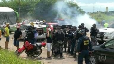 Protesto de comerciantes contra fechamento de praias termina em confronto no Pará - Os comerciantes protestavam contra o fechamento das praias após decreto proibir áreas de lazer. O Pará tem mais 65 mil casos confirmados e 4.090 mortes