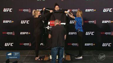Jessica Eye e Cynthia Calvillo se enfrentam na luta principal do UFC deste sábado - Jessica Eye teve problemas com a balança, mas combate foi confirmado e lidera o card deste sábado em Las Vegas (EUA).