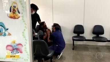 Médicos gravam imagens dentro de UTI de hospital na zona norte de São Paulo - Distrito da Brasilândia tem o maior número de mortes confirmadas ou suspeitas por Covid-19.