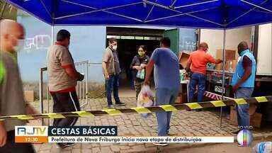 Nova Friburgo, RJ, inicia nova etapa do cronograma de distribuição de cestas básicas - Ao longo da semana, cestas básicas serão distribuidas em Conselheiro Paulino.