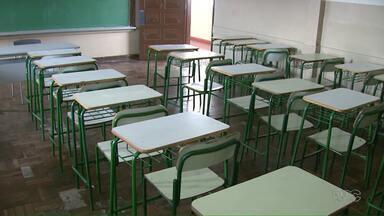 Secretaria de Educação monta comitê para analisar retomada de aulas nas escolas estaduais - O comitê vai estudar as restrições e montar um cronograma para um retorno seguro às aulas.