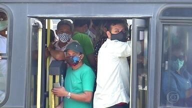 Greve de ônibus provoca aglomeração em Natal - Ministério Público recomenda que governo e prefeituras do RN não iniciem retomada de atividades econômicas.