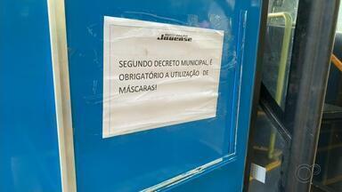 Serviço de transporte coletivo volta a funcionar em Jales - O transporte coletivo voltou a funcionar nesta segunda-feira (22) em Jales (SP). O serviço estava suspenso na cidade desde o mês de maio devido à pandemia do novo coronavírus.