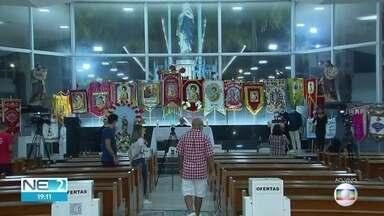 São João tem shows itinerantes acompanhados da janela e missas transmitidas pela internet - Medidas foram tomadas por causa da pandemia do novo coronavírus