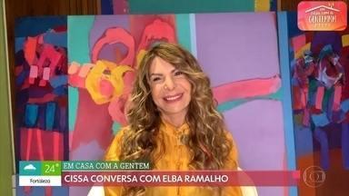 Elba Ramalho conta o que tem feito na quarentena - Em papo com Cissa Guimarães, cantora diz que está aproveitando para curtir sua primeira neta, que nasceu durante a pandemia