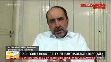 Alexandre Kalil (PSD) diz que retorno do comércio depende da ajuda da população - Em entrevista à Globo News, prefeito de BH também disse que estamos em guerra contra um inimigo invisível.