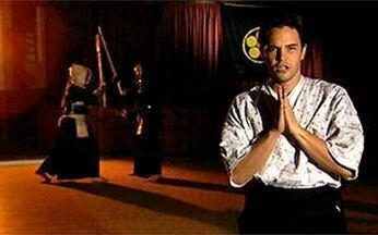 Gabriel Wainer encara Kenjutsu - O ator aceita o desafio do Video Show e participa do quadro Fora da Rotina.
