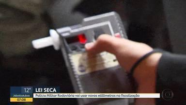 Lei Seca: Polícia Militar Rodoviária vai usar novos etilômetros na fiscalização - Bafômetro passivo consegue detectar se o motorista está embriagado sem que ele precise assoprar.