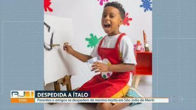 Menino baleado na porta de casa em São João de Meriti é enterrado - Ítalo Augusto de Castro Amorim tinha sete anos. Menina baleada em Três Rios segue internado em estado grave.
