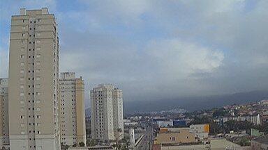 Previsão do tempo: Alto Tietê tem sexta-feira fria e pode chover - O sábado ainda vai ser de temperaturas baixas, principalmente no começo da manhã e à noite.