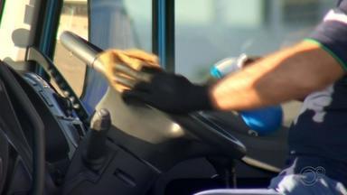 'Gincana do Caminhoneiro' promove desafios e checa saúde dos motoristas em Marília - Caminhoneiros podem participar do circuito em um posto de combustíveis na SP-333, além de se vacinar contra a gripe e fazer testes rápidos de Covid-19.