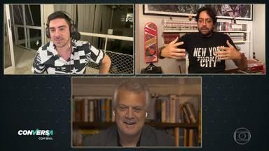 "Programa de 03/07/2020 - Conversa divertida com os dois ""Bolsonaros"" do humor da Globo, Marcelo Adnet e Fernando Caruso, ambos imitadores do presidente, pra falarmos sobre o humor na pandemia."