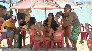 Flagrantes da falta de uso de máscaras se espalham por todo o Brasil - Nas últimas 24 horas, foram confirmadas 535 mortes por Covid-19 e 26.600 novos casos da doença, segundo o balanço do consórcio de veículos de imprensa.