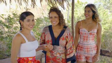 Alcântara - Thay visita a cidade de Alcântara no Maranhão. Conversa Daniela Mercury e leva Lucy Alves para assistir a Revoada dos Guarás. Um dos desafios é fazer seu próprio Doce de Espécie, uma iguaria local.