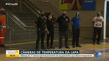Estação da Lapa conta com nove câmeras que aferem a temperatura de passageiros - Atualmente, cerca de 200 mil pessoas passam diariamente pelo local, metade do total registrado antes da pandemia.