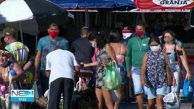 Em Paulista, alguns moradores continuam sem seguir recomendações contra Covid-19 - Muita gente deixou a máscara de lado.