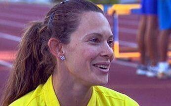Fabiana Murer fala sobre a carreira no salto com vara - A atleta de 27 anos é uma das esperanças de medalha para o Brasil nas Olimpíadas de Pequim. Ela fala da relação com as adversárias e sobre a vida cotidiana.