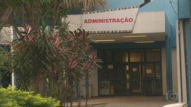 RJ1 - Íntegra 15/07/2020 - O telejornal, apresentado por Mariana Gross, exibe as principais notícias do Rio, com prestação de serviço e previsão do tempo.