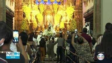 Novo manto de Nossa Senhora do Carmo é apresentado pela Igreja - Por causa da festa da padroeira, Recife terá feriado na quinta (16)