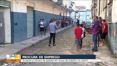 Aumenta o número de pessoas em busca de trabalho na capital - Veja mais informações com a repórter Camila Marques.