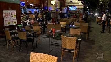 Bares e restaurantes reabrem em BH pela primeira vez desde 20 de março - Apesar da pressão da associação que representa o setor, que foi quem acionou a Justiça, o que se viu nesta terça (21) não foi uma reabertura em massa.