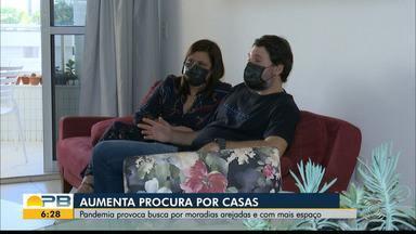 Em busca de ventilação e mais espaço, aumenta procura por casas na pandemia - Pessoas querem ambientes mais abertos e ventilados