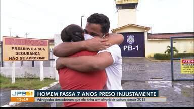 Homem passa 7 anos preso injustamente, em João Pessoa - Advogados descobriram que ele tinha alvará de soltura desde 2013