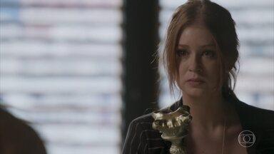 Eliza se defende de Dino - Ruiva relembra o dia em que foi assediada pelo padrasto