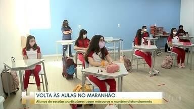 Com máscaras e distanciamento, instituições privadas retomam aulas presenciais no Maranhão - Segundo sindicato, as escolas vão optar pelo ensino híbrido. Na rede pública, o governo recuou e não há previsão para a volta das aulas presenciais.