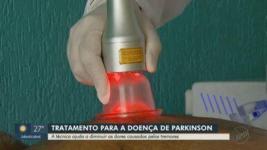 Pesquisadores de São Carlos desenvolve método terapêutico para tratamento de Parkinson - Técnica ajuda a diminuir dores causadas pelos tremores no corpo.