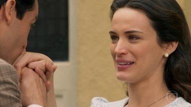 Maria reata o noivado com Celso. - Anastácia agradece a atitude de Celso e se reconcilia com o sobrinho