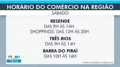 Cidades no Sul do Rio têm horário de comércio estendido por causa do Dia dos Pais - Flexibilização é para atender quem ainda não comprou presente para os pais, mas seguindo medidas de segurança e higienização.