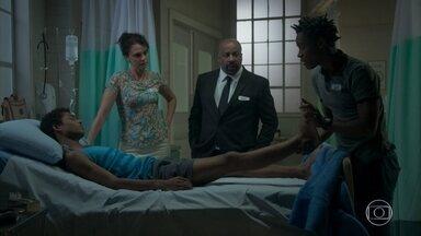 Montanha começa a fazer fisioterapia em Wesley - Florisval chega e não gosta de encontrar o professor no hospital