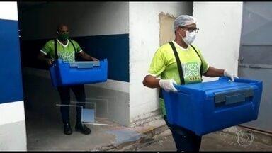 Solidariedade S/A: doação de alimentos não perecíveis e refeições prontas - Empresas e associações têm ajudados os brasileiros a enfrentar a crise.