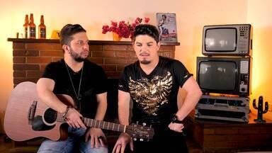 Júnior E Cézar - Nesse episódio, os irmãos Júnior e Cézar, naturais do Rio Grande do Sul, abrem sua rotina em São Paulo e contam sua história, com muita música.
