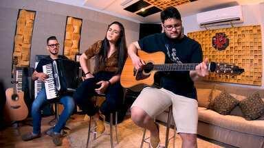 Luíza E Maurílio - Nesse episódio, a dupla Luíza e Maurílio abre um pouco da sua rotina na cidade de Goiânia, além de mostrarem o processo de gravação de suas novas composições.