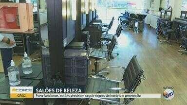 Com novas regras, salões de beleza voltam a funcionar em Ribeirão Preto, SP - Estabelecimentos que ficaram fechados durante quatro messes têm novas medidas de segurança.