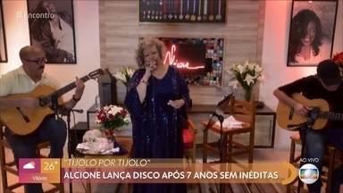 Alcione lança disco após 7 anos sem inéditas - Ailton Graça vive mulherengo Florisval em 'Totalmente Demais' e relembra personagem na novela das 7