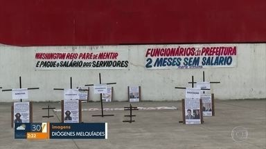 Servidores de Caxias denunciam atraso de salários - Eles dizem que há pagamentos atrasados há dois meses.