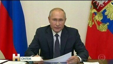 Rússia quer começar vacinação contra Covid-19 dentro de duas semanas - A Rússia anunciou que vai começar a vacinação contra a Covid-19 dentro de duas semanas. E rejeitou a preocupação de cientistas estrangeiros em relação à segurança e eficácia da Sputnik, a primeira vacina aprovada no mundo.