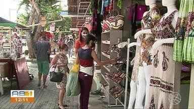 Feira de Artesanato retoma as atividades em Caruaru - Comerciantes ficaram com as mercadorias paradas durante o período que o Parque 18 de Maio estava sem funcionar.