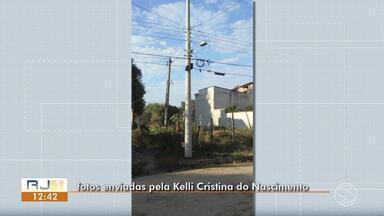 Empresa troca poste que estava solto no bairro São Luis da Barra, em Barra do Piraí - Situação preocupava moradores da rua. Light, responsável pelo fornecimento de energia elétrica na cidade, realizou a troca na tarde da última terça-feira (11).