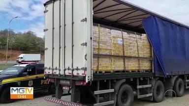Carga de mais de 36 mil litros de cerveja é apreendida na BR-251, em Montes Claros - De acordo com a PRF, a carga foi apreendida e encaminhada para lavratura do auto de infração e recolhimento dos respectivos impostos e multas pela Fazenda Estadual.