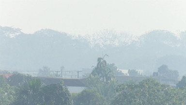 Fumaça de queimadas encobre Rio Branco - Fumaça de queimadas encobre Rio Branco
