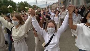 Manifestantes voltam às ruas da capital de Belarus - Eles protestam contra o resultado da eleição presidencial que está sob suspeita de fraude.