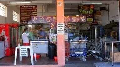 Vendas em supermercados de bairros aumentam durante pandemia em Sorocaba - Muitos moradores de Sorocaba (SP) sentem mais segurança em ir a mercados de bairros durante a pandemia de coronavírus. Com isso, as vendas nesses estabelecimentos aumentaram.